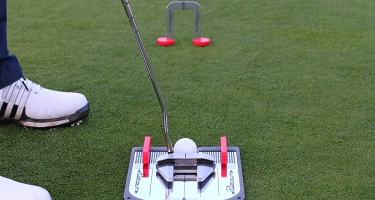Types Of Golf Putting Aids Available And How They Aid In Your Putting Training